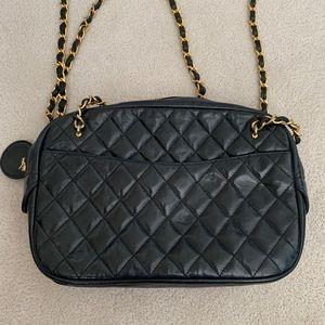 AUTH Chanel Matelasse shoulder bag